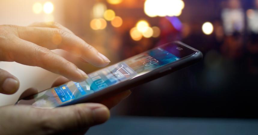 Redes sociales y apps móviles